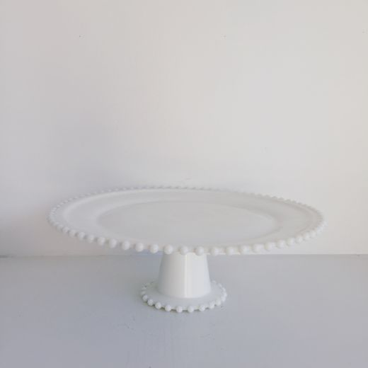 White Vintage Pearl Stand